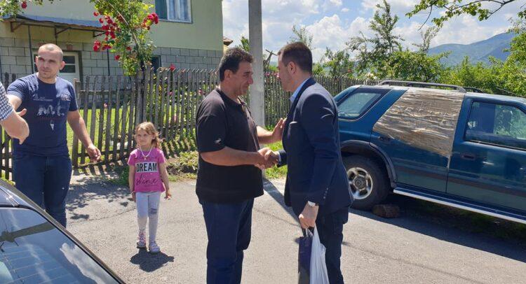 dr Predrag Terzić u poseti selu Bogutovac